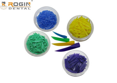 China Colorful Disposable Dental Matrix System Dental Plastic Wedges for Teeth Fixing supplier